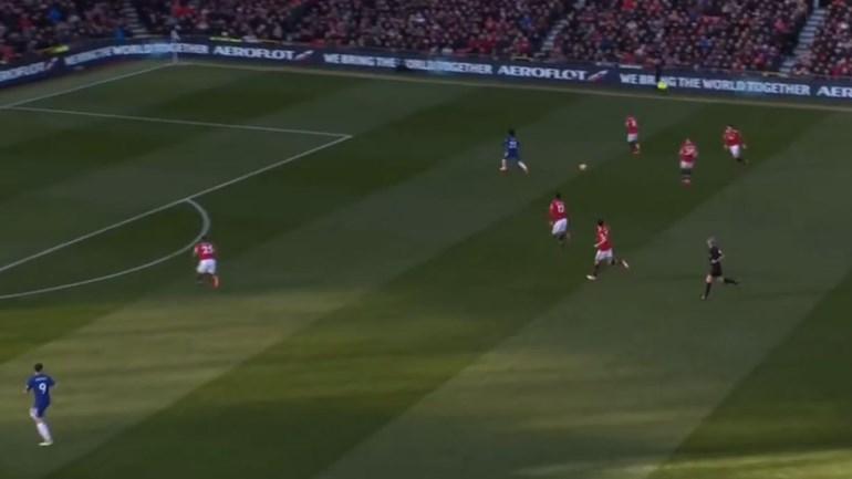Contra-ataque do Chelsea apanha United completamente a dormir
