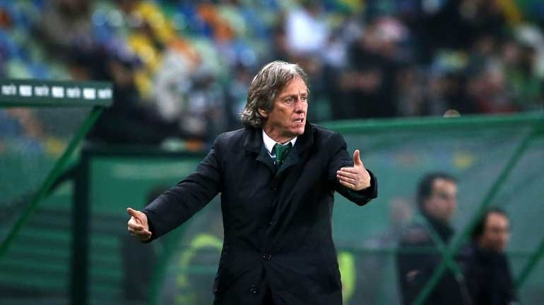 Sporting bate Plzeň com bis de Montero
