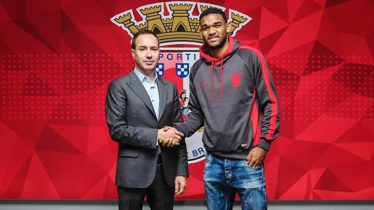 Bruno Viana assina com o Sporting de Braga até 2023