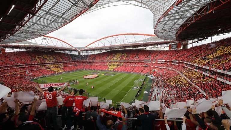 Benfica recebe o Vitória de Guimarães