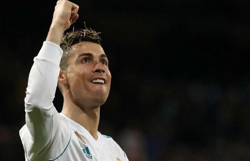 Vídeo: Do outro mundo, Ronaldo marca quatro na vitória do Real