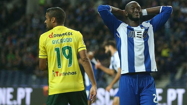Danilo Pereira com rotura no tendão de Aquiles e deve falhar Mundial