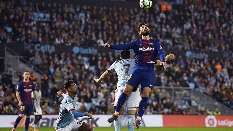 Braço de Iago Aspas empata Barcelona — Espanha