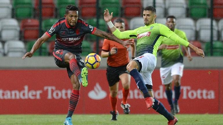 Sp. Braga bate Marítimo e pressiona