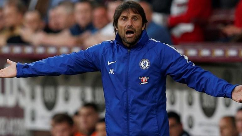 Inglaterra. Chelsea junta-se ao United na final da Taça