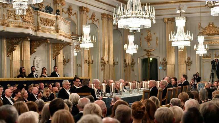Prêmio Nobel de literatura é adiado após escândalo sexual