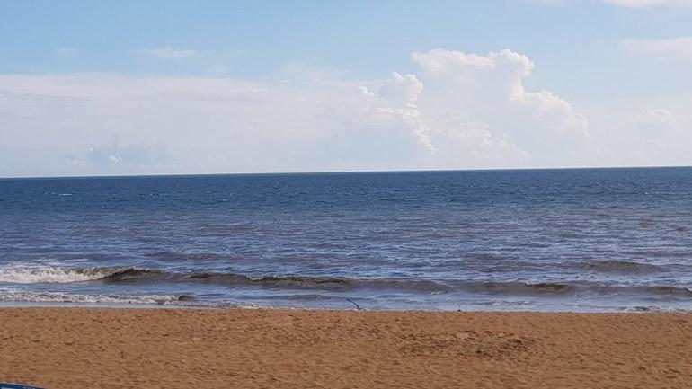 Surfista desaparecido na praia de Carcavelos