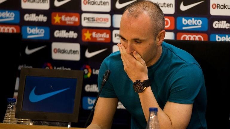 Confira a nova camisa do Barcelona em homenagem a Iniesta