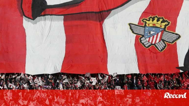 Atlético Madrid deixa  alfinetada  ao Real  «Noite dos óscares começou em  grande» - Espanha - Jornal Record a0be215fad05f