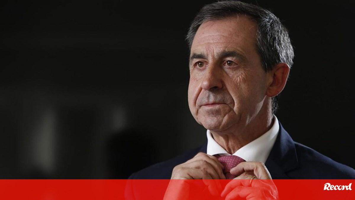 Photo of Gomes da Silva: «Mais um sinal da apropriação dos meios oficiais do Benfica por Vieira» | Record