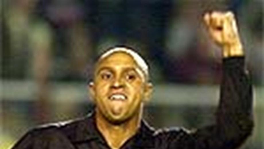 Roberto Carlos  «Que tenho de fazer mais para ganhar a   Bola de ... acc32190629cb