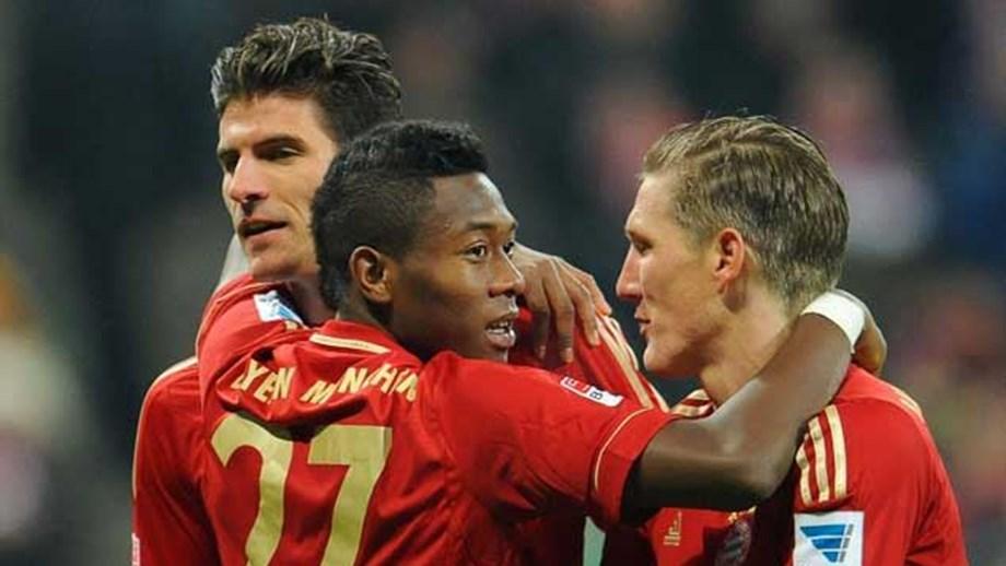Bayern Munique goleia e aumenta vantagem - Alemanha - Jornal Record d3044c8ddfb51