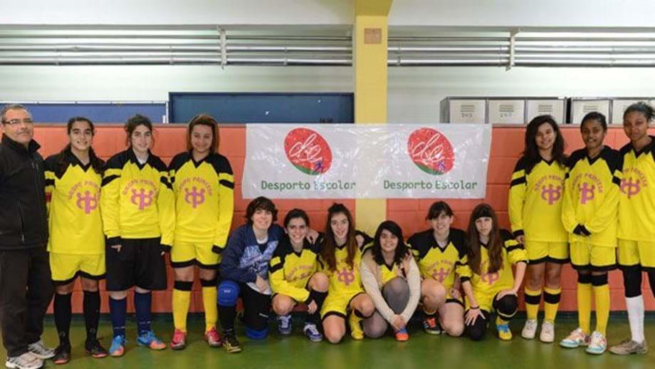 Concentração de futsal feminino no Barreiro - Desporto Escolar ... 297a6255cb3a8
