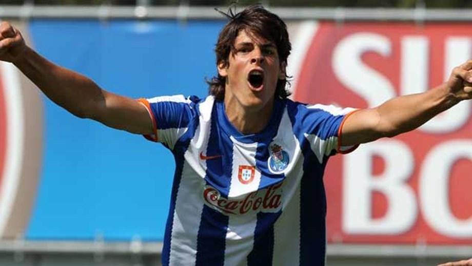 a420e9f694 Gonçalo Paciência tem ordem para jogar - FC Porto - Jornal Record