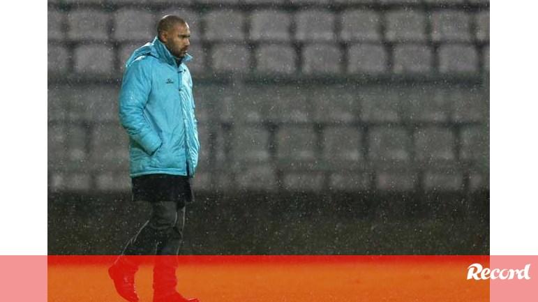 f5114af8d9 José Barros  «Não é um jogo especial» - U. Madeira - Jornal Record