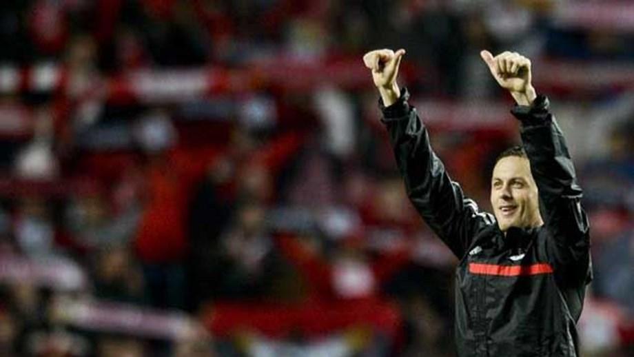 Matic vendido ao Chelsea - Benfica - Jornal Record e662f5de64fe4