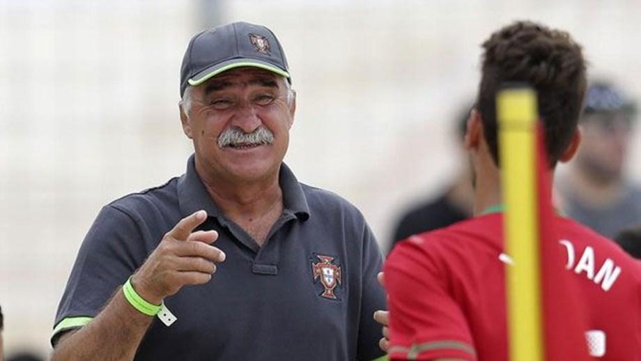 Portugal estreia-se com triunfo na Superfinal europeia - Futebol de ... 0b7a510d1d838