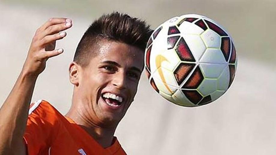 Opção de compra por Cancelo expira hoje - Benfica - Jornal Record 6ac5329543900