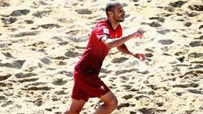 c699a4313d Madjer marcou o melhor golo do Mundial de futebol praia - Vídeos ...