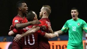 Portugal supera Eslovénia e garante passagem aos