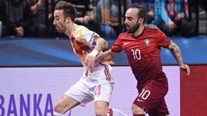 Portugal volta a cairaos pés de Espanha