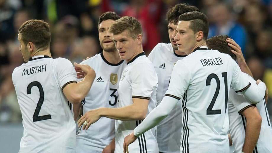 Jogadores alemães recebem br    300 mil euros pela conquista do ... 03980ec878929