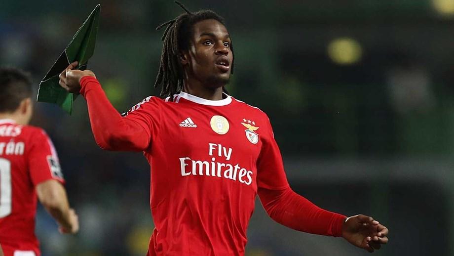 Águia receberá 5 milhões por cada br   25 jogos de Renato no Bayern ... d9967288eb62b