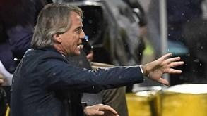 Inter Milão equaciona troca de Mancini por Frank de Boer