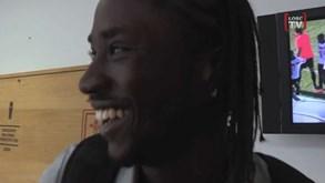 Veja como Éder ainda sorri!!!