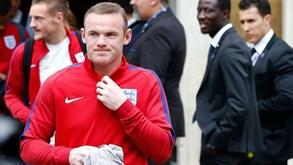Rooney ansioso por trabalhar com Ibrahimovic