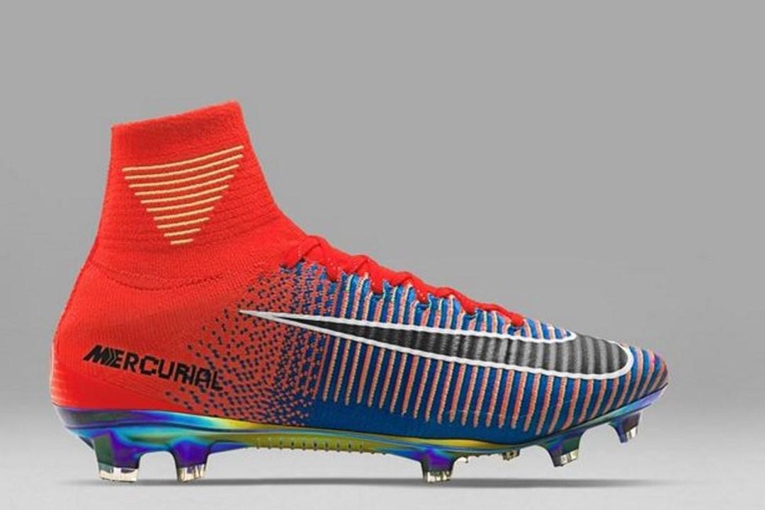 1   4 Estas novas chuteiras provam que nem a Nike escapa à  febre  do  FIFA 17 . 00a0ae39f8dc1