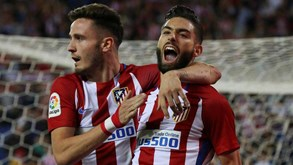 Carrasco e Gameiro bisam no triunfo do Atlético Madrid
