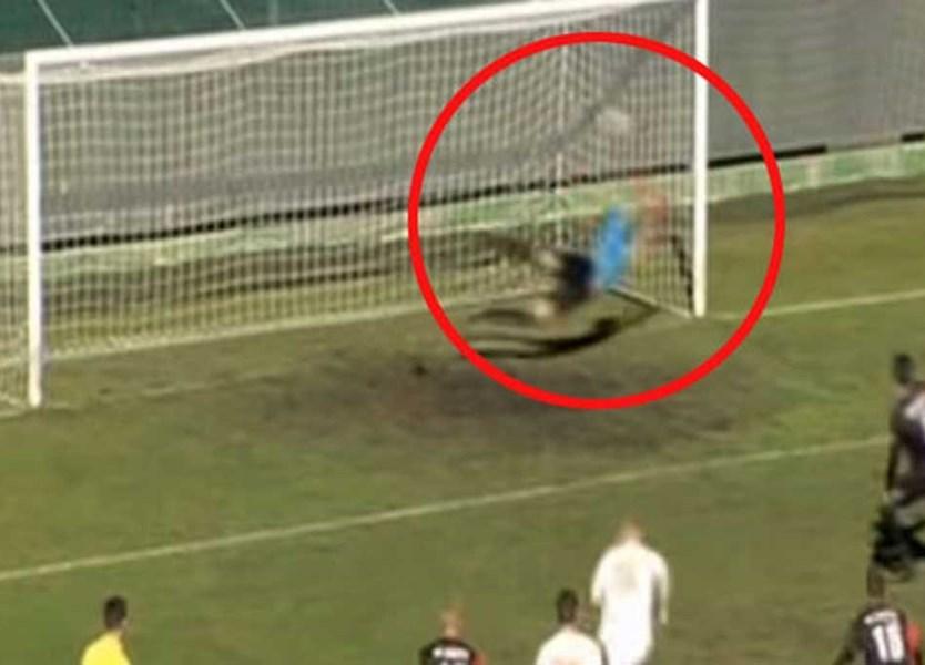 3f3b2106cc Acha que já viu tudo no futebol  Então surpreenda-se... - Vídeos - Jornal  Record