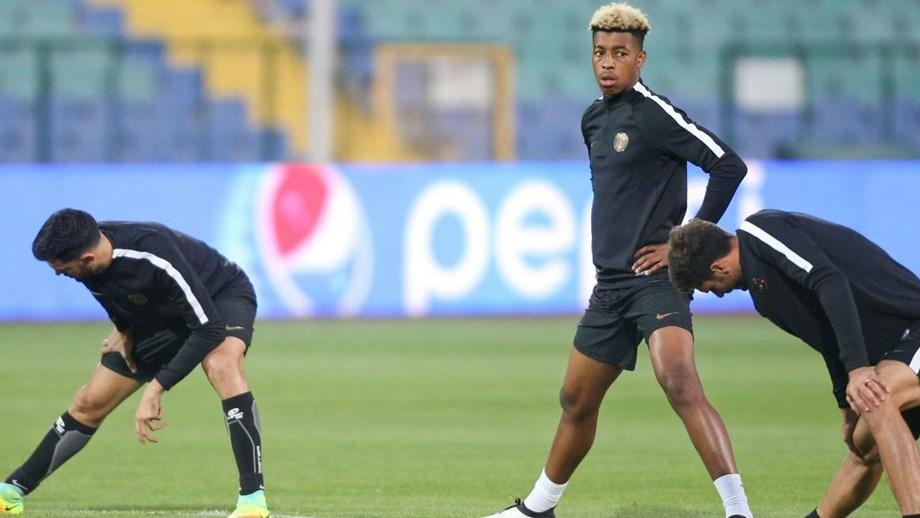 ef23374b7522f Jovem Kimpembe rende Mangala na seleção francesa - Mundial 2018 ...