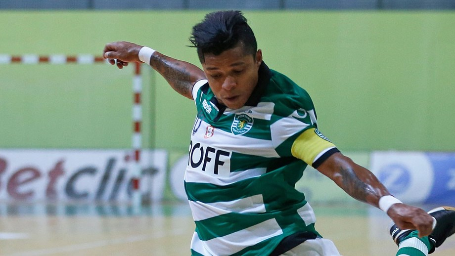cb79f13597 Deo  «Jogar para vencer» - Futsal - Jornal Record