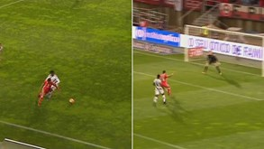 O momento mágico de Salvio: Finta tremenda, corre mais de meio-campo... e golo