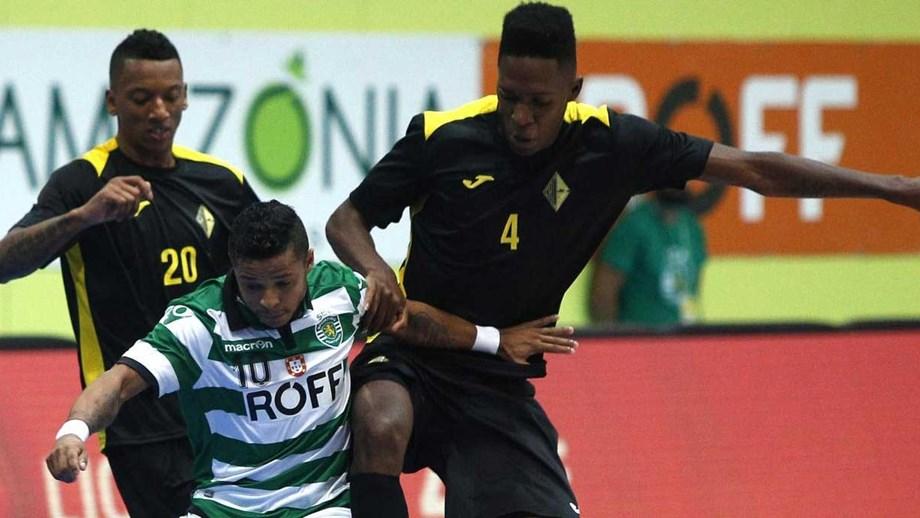 Sporting sempre a acelerar - Futsal - Jornal Record 04e98cc1d3741