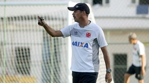 Ex-Benfica assume comando interino do Vasco da Gama