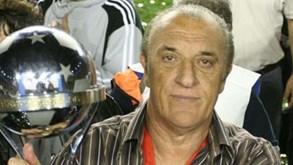 Antigo selecionador da Argentina recebe alta após sofrer AVC