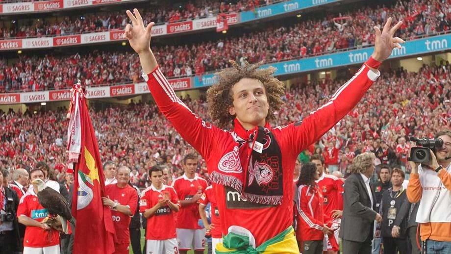 d9422bfd63 Antigo jogador do Benfica recorda importância dos ídolos na sua carreira