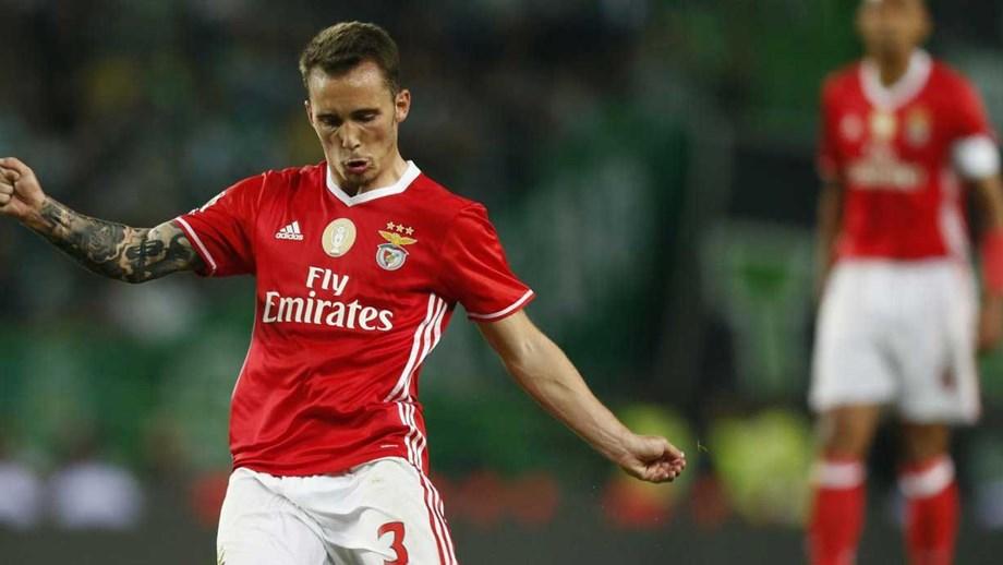 Espanha leva Grimaldo ao Europeu de Sub-21 - Benfica - Jornal Record 71f8904c0510f