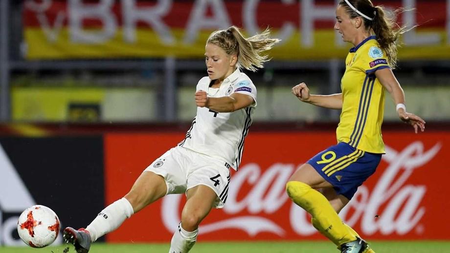 2a45a9b741 Suécia trava germânicas e Rússia lidera Grupo B após bater a Itália