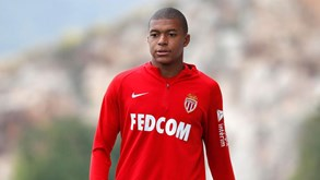 'L'Équipe' garante Mbappé no PSG por... empréstimo