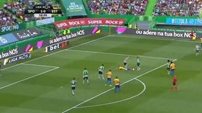 André Claro caiu na área e o árbitro... mostrou-lhe amarelo