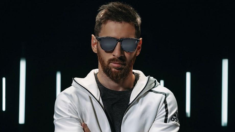 2e06b0d00c83b Messi lança coleção de óculos de sol - Jogo da Vida - Jornal Record
