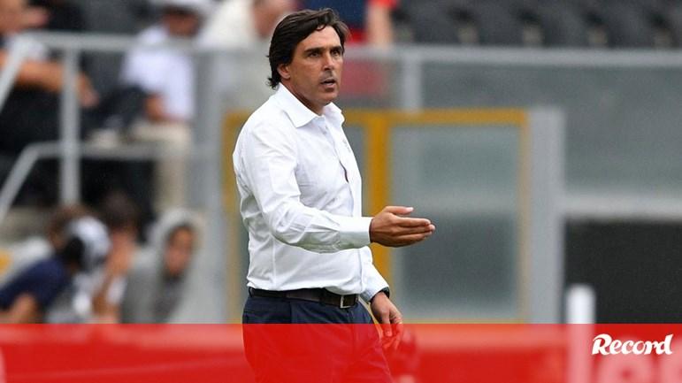 Daniel Ramos  «Não consigo compreender as expulsões» - Marítimo - Jornal  Record 51e2f62a81277