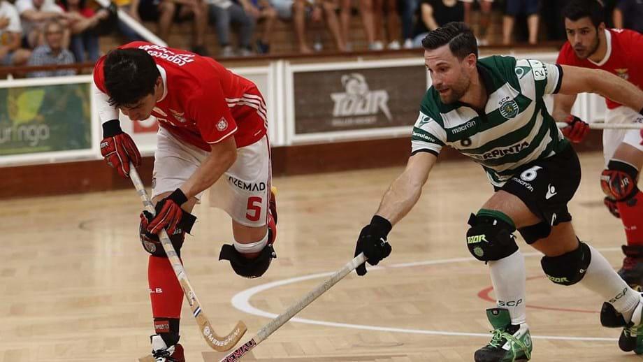 de76b6d40f Jordi Adroher foi a figura do dérbi ao fazer três golos num triunfo por 4-1