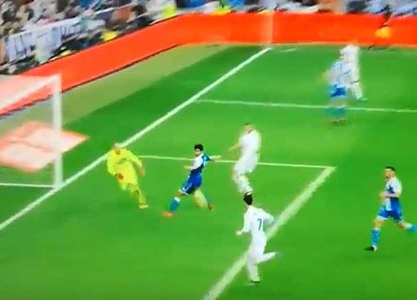 Cristiano Ronaldo quebrou o jejum e logo em dose dupla - Vídeos - Jornal  Record c83707e5b5f23