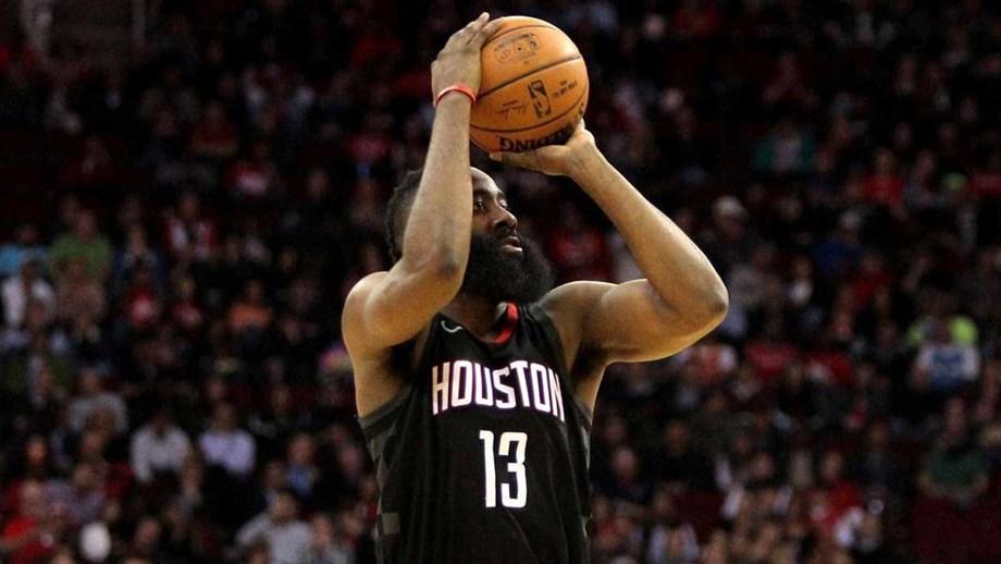 Responsável por mais de metade dos pontos dos Houston Rockets frente aos  Orlando Magic 9422375238a50