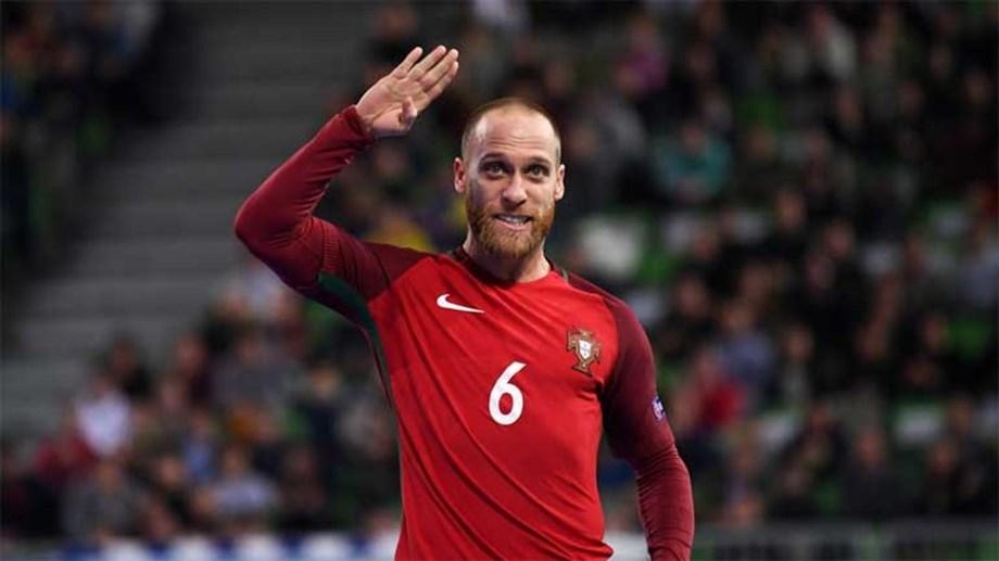 c9020f1651 Portugal vence e garante 1.º lugar no Grupo C - Europeu de futsal ...
